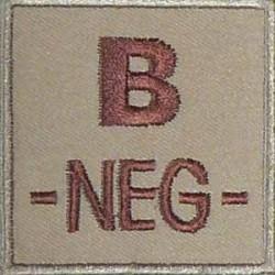 Groupe sanguin B négatif brodé sur tissu tan