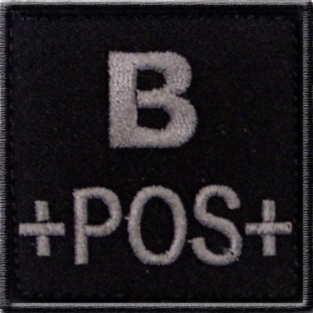Groupe sanguin B positif brodé sur tissu noir